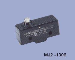 MJ2-1306 nyomócsapos mikrokapcsoló
