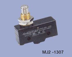 MJ2-1307 nyomócsapos mikrokapcsoló