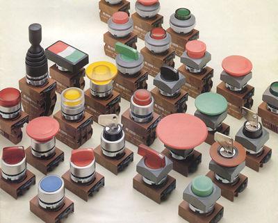 ø22 IPARI nyomókapcsolók, világító nyomók (LED-del is), karos kapcsolók, jelzőlámpák (LED-del is), vészgomb, motorkapcsoló, kulcsos kapcsolók, joystic,A termékválasztékkal kapcsolatban keressen minket telefonon,email-ben vagy telefonon.