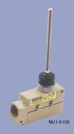 MJ1-6106 rugózó száras végálláskapcsoló