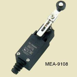 MEA-9108 állítható görgő karos végálláskapcsoló